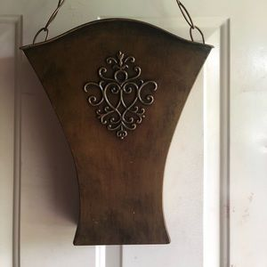 Southern Living Door Flower Bucket